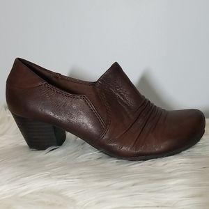 Baretraps Brown Leather Block Heels